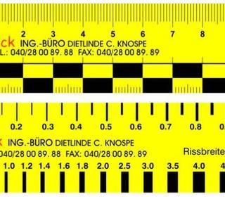 Fotomaßstäbe und Rissbreitenmesser